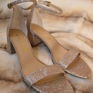 New Unisa Rose Gold Metallic Sandals
